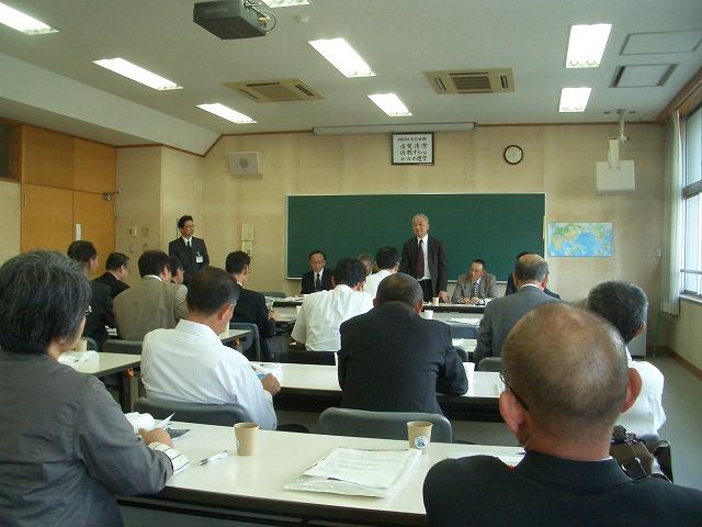議会で富士市立高校の開設準備を視察_f0141310_23231698.jpg