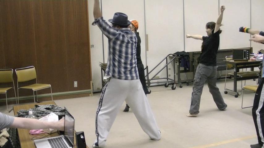 ダンスの紹介(えび_a0125023_2259355.jpg