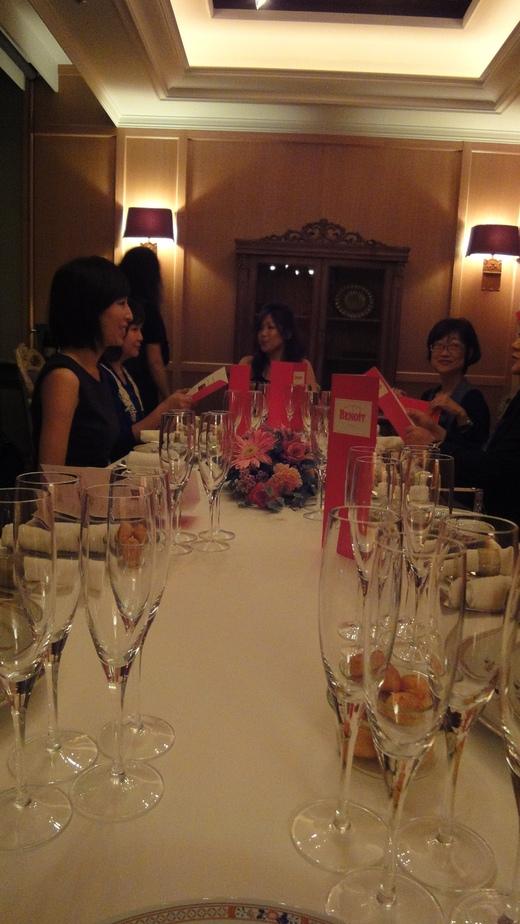 めくるめくシャンパーニュ晩餐会@ル・コントワール・ド・ブノワPart 1_f0215324_0394117.jpg