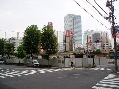 さよなら交通博物館(10) 万世橋駅等の遺構と再開発工事_f0030574_0294357.jpg