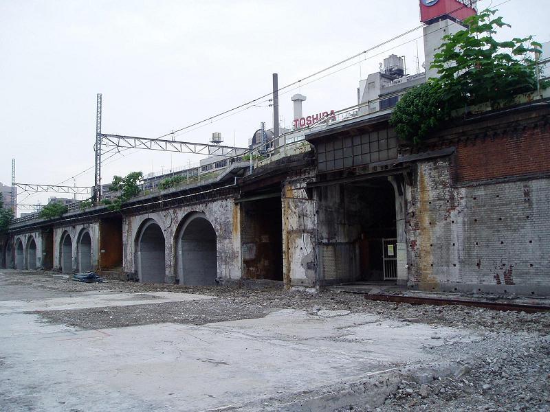 さよなら交通博物館(10) 万世橋駅等の遺構と再開発工事_f0030574_0373828.jpg