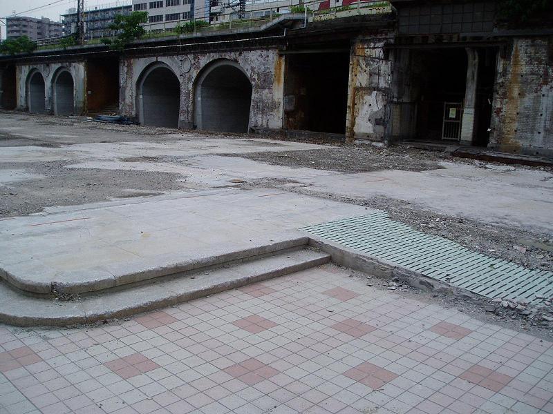 さよなら交通博物館(10) 万世橋駅等の遺構と再開発工事_f0030574_0415695.jpg