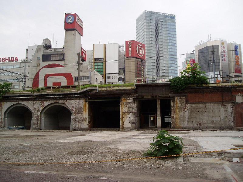 さよなら交通博物館(10) 万世橋駅等の遺構と再開発工事_f0030574_043277.jpg