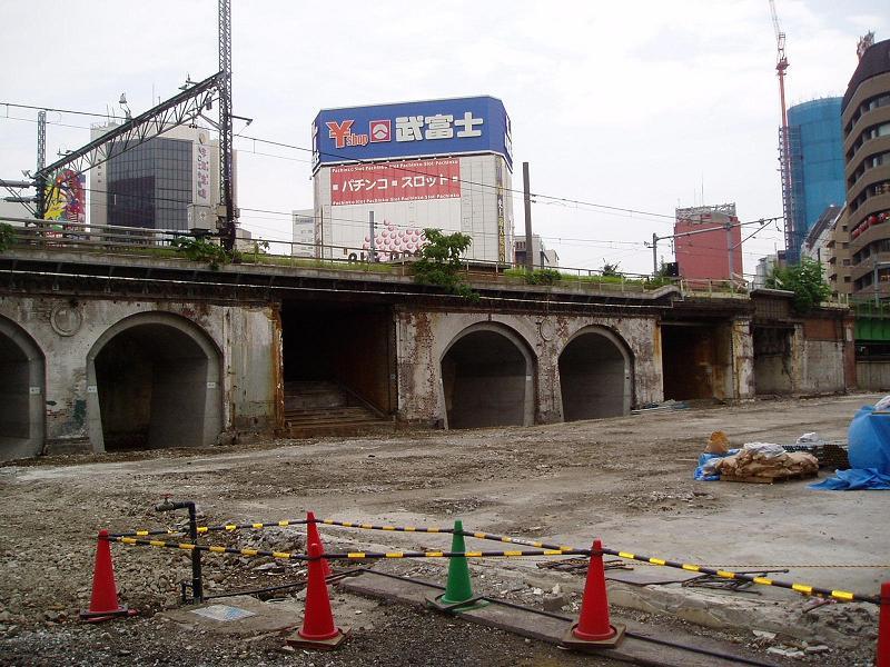 さよなら交通博物館(10) 万世橋駅等の遺構と再開発工事_f0030574_050340.jpg