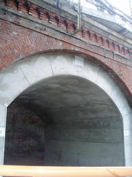 さよなら交通博物館(10) 万世橋駅等の遺構と再開発工事_f0030574_0535927.jpg