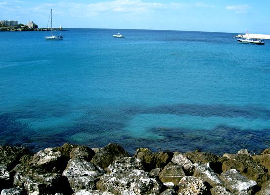 オートラント 1.  空と海の青に包まれる街_f0205783_15505493.jpg