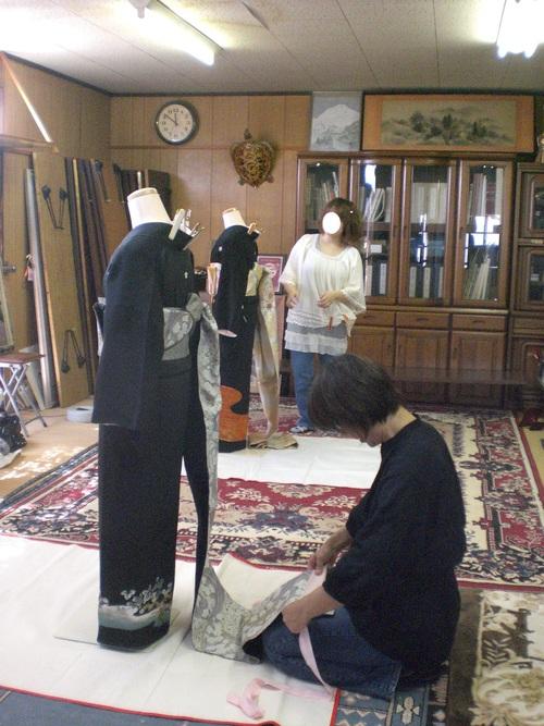 10月11日 美容師特訓コース(武雄校)の練習風景_e0161697_1227160.jpg