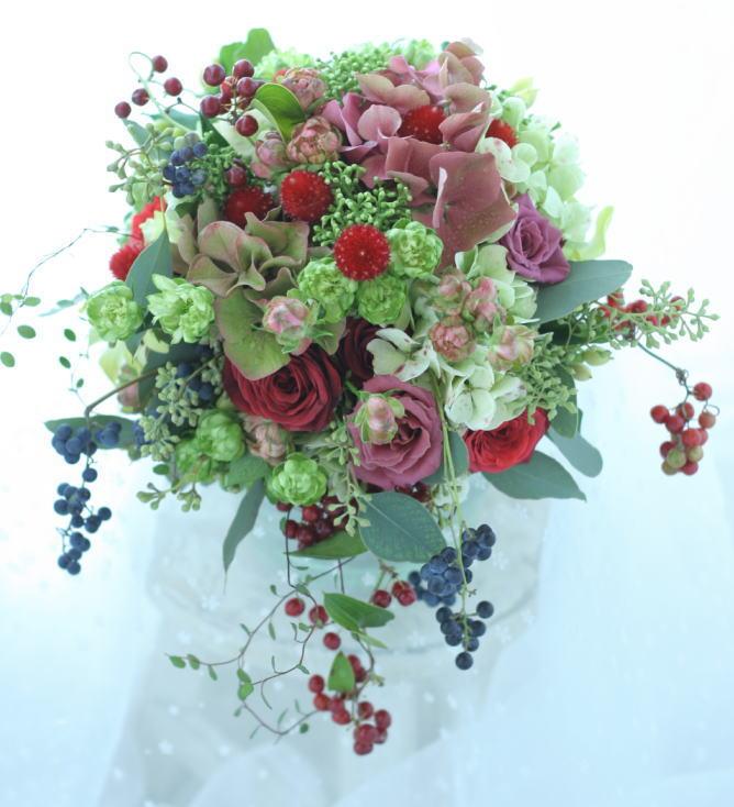 赤いドレスに持つナチュラルなブーケと花冠 と「J」3代目ジャスミン_a0042928_23421654.jpg