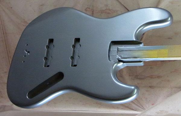 新たに、店頭販売用に「Modern J-Bass #011」を製作中!_e0053731_204501.jpg