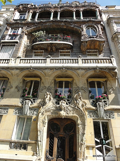 パリのアール・ヌーボー建築_a0092659_23401077.jpg