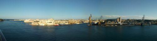 地中海クルーズ最終日 再びジェノヴァへ・・_e0030586_2013156.jpg