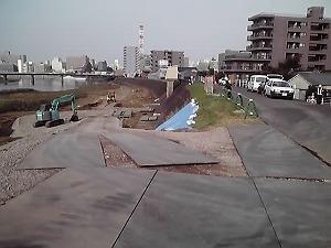 狩野川右岸堤防改修_d0050503_9284290.jpg