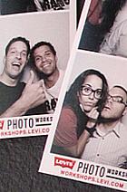 ニューヨークでLevi'sが巨大な公共向け写真スタジオをオープン!!!_b0007805_14301825.jpg