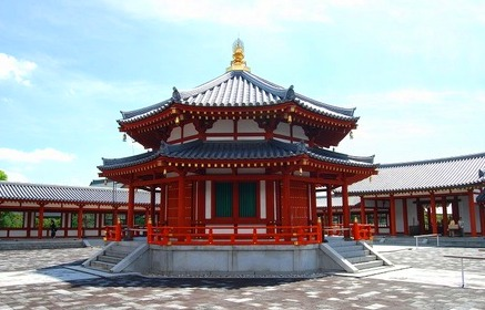 <2010年6月>伊勢路・奈良の旅(その3):「奈良・西ノ京の国宝寺」_c0119160_1056121.jpg