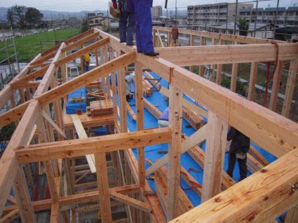 Q1住宅P上越の家:建て方_e0054299_7125090.jpg