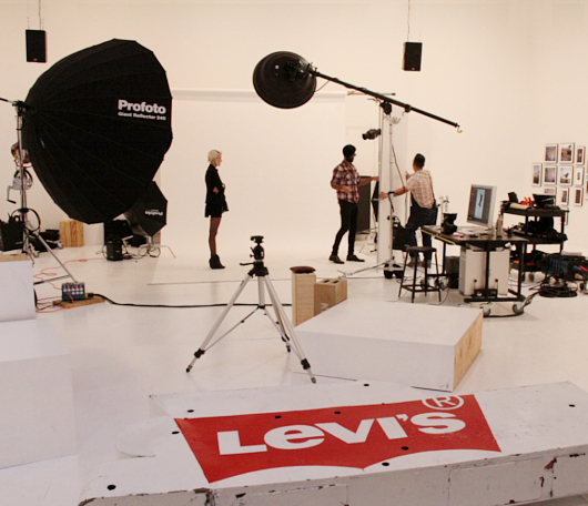 リーバイス(Levi's)がNYにオープンしたフォト・スタジオ内部の様子_b0007805_021444.jpg