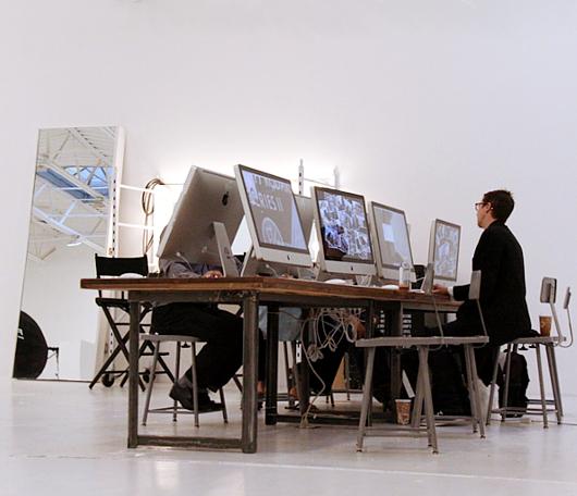 リーバイス(Levi's)がNYにオープンしたフォト・スタジオ内部の様子_b0007805_03559.jpg