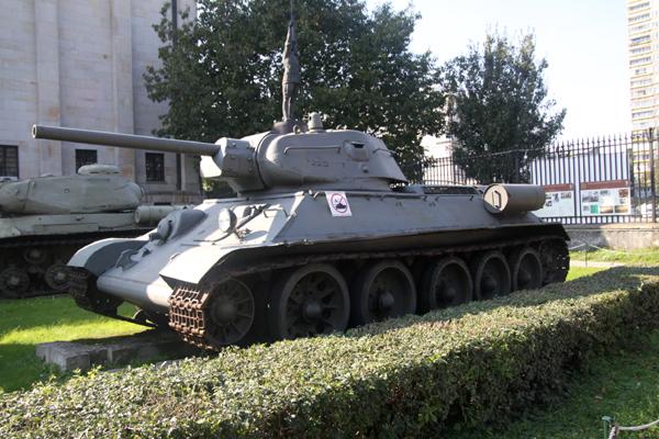 まだ初日・・ワルシャワ軍事博物館-1_f0145483_147885.jpg