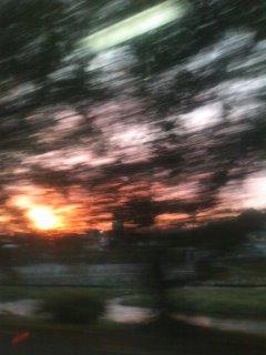 夕焼け空の中_c0100195_223552100.jpg