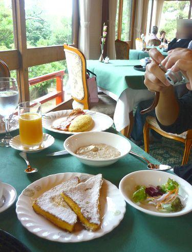 奈良ホテルで朝食を。。。@メインダイニングルーム 三笠。。。.♡*† *・。・。+_a0053662_252264.jpg