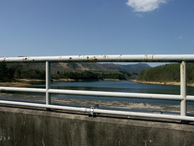 中国電力奥津発電所調整池/恩原ダム_f0116479_2236596.jpg