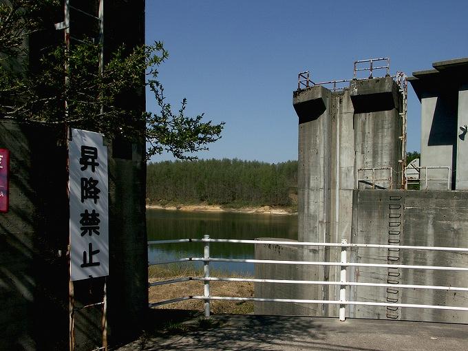 中国電力奥津発電所調整池/恩原ダム_f0116479_22374141.jpg
