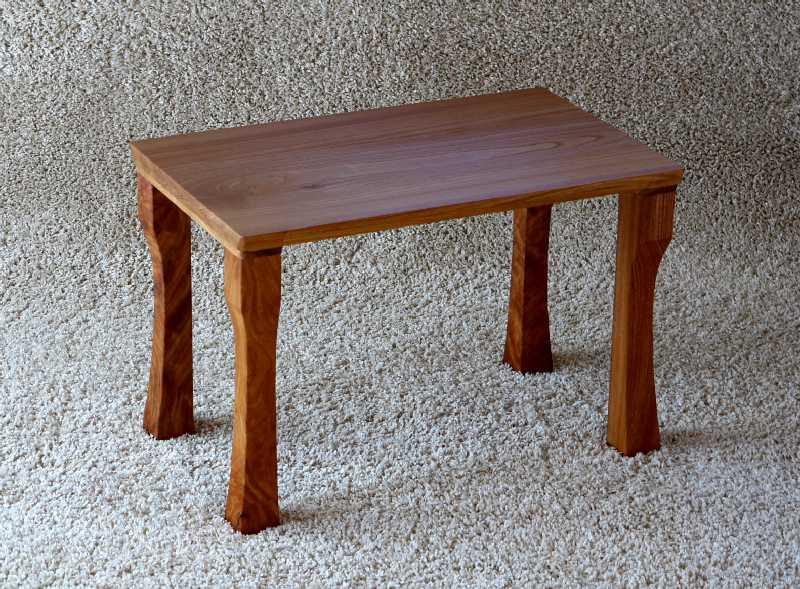 けやきのサイドテーブル_c0138410_914032.jpg
