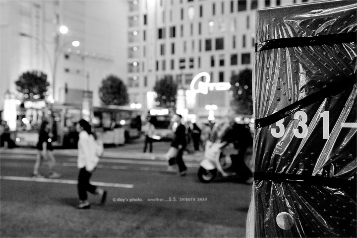 SHIBUYA...NIGHT STREET #03_e0117517_20513850.jpg