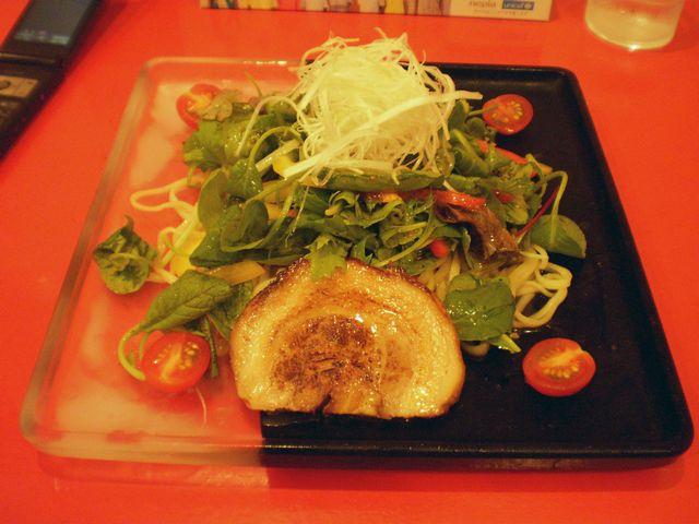 オリーブ麺@忍座_a0117520_23143846.jpg