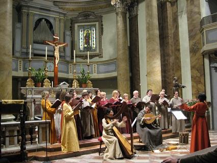 トルジャーノ、記念合唱祭_f0234936_6132567.jpg