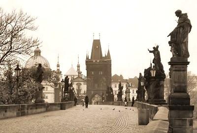 魔法のような・・幻想的なプラハ天文時計台600周年記念イベント_f0186787_1832318.jpg