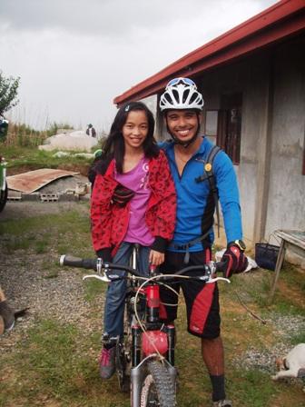 台風ペペンから1年。コロス集落でWE21ジャパンによる長期復興プロジェクト、キック・オフ_b0128901_14374245.jpg