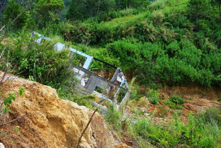 台風ペペンから1年。コロス集落でWE21ジャパンによる長期復興プロジェクト、キック・オフ_b0128901_1583477.jpg