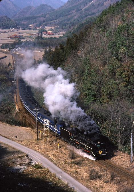 期間限定アングル - やまぐちが青い12系客車だった頃 -_b0190710_0184260.jpg