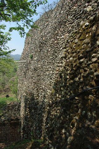 コパン遺跡 (6) 東広場から神聖文字の階段へ_c0011649_939491.jpg