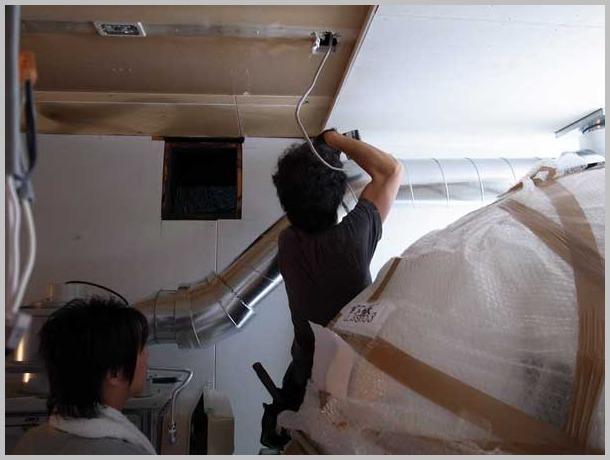 ピザ窯販売 ナポリのピザ窯 マリオ・アクント設置工事 ナポリ娘は大阪中津へ嫁ぐ_a0150573_1746129.jpg