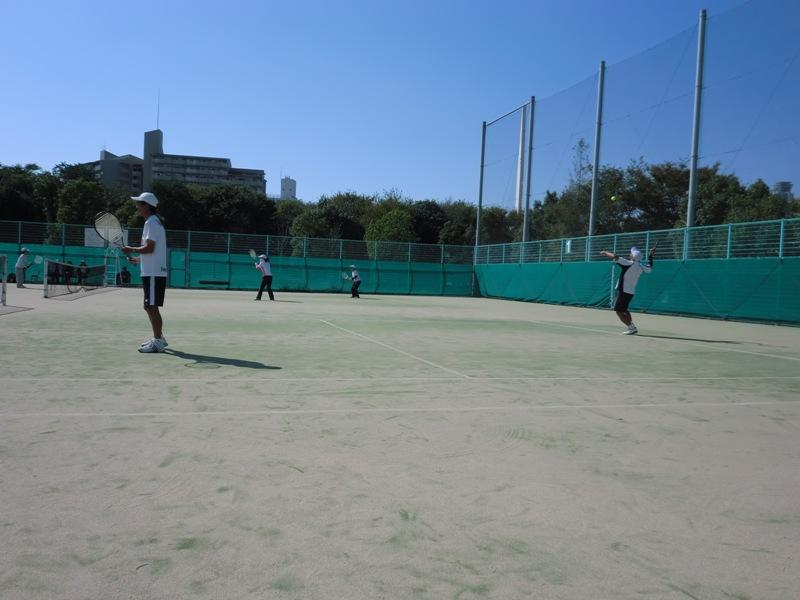 ■ テニス秋の団体戦_f0238779_8442772.jpg