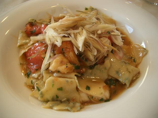 おいしいのはもちろん、庭も楽しめるイタリアンレストラン「マーノ・エ・マーノ」_f0141310_23362449.jpg