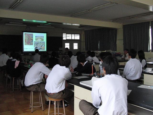 富士東高校の職業講話_f0141310_5153080.jpg