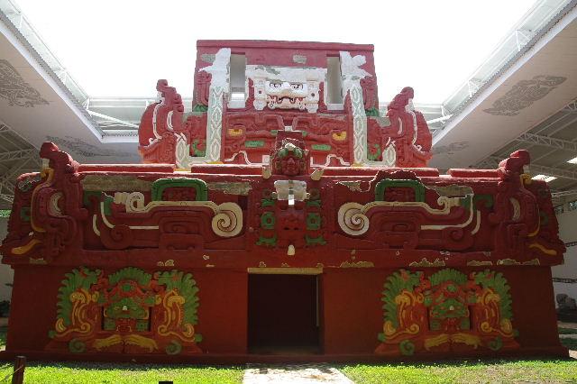 コパン彫刻博物館_c0011649_61416.jpg
