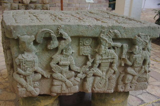 コパン彫刻博物館_c0011649_6364148.jpg