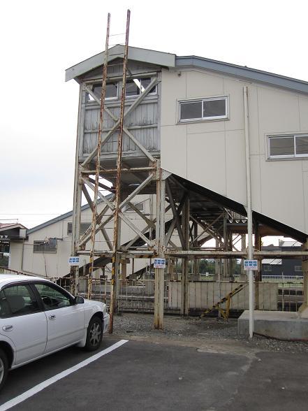 渡道顛末記拾遺 川部駅の跨線橋は19世紀生まれの古レール_f0030574_11583724.jpg