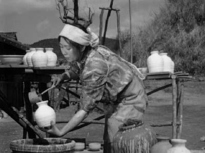 和風ハロウィーン怪談特集1 溝口健二監督『雨月物語』(大映、1953年)その1_f0147840_23573957.jpg