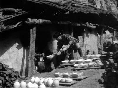 和風ハロウィーン怪談特集1 溝口健二監督『雨月物語』(大映、1953年)その1_f0147840_23574573.jpg