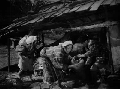 和風ハロウィーン怪談特集1 溝口健二監督『雨月物語』(大映、1953年)その1_f0147840_2358114.jpg