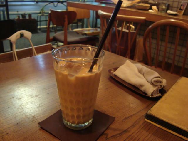 吉祥寺「Sajilo Cafe サジロカフェ」へ行く。_f0232060_2542769.jpg