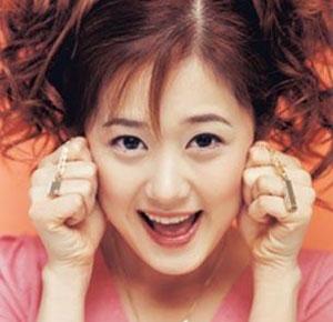 一時期は社会現象にもなった女優で歌手のチャン・ナラ。中国進出で胃潰瘍による激痩せ? ドラマ大ヒット 下着で撮影に挑戦_f0158064_1265296.jpg