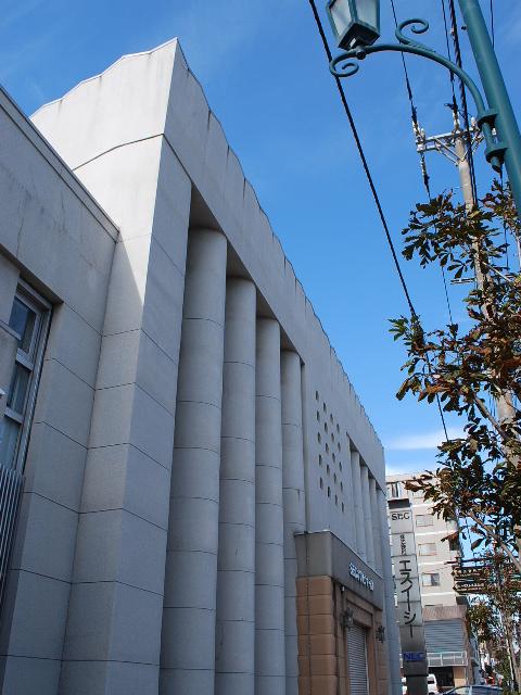 函館・百十三銀行本店(建築家・関根要太郎作品研究、その1)_f0142606_649156.jpg