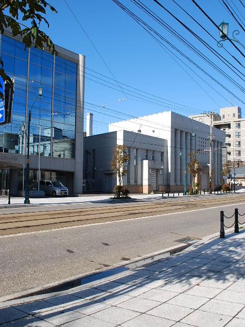 函館・百十三銀行本店(建築家・関根要太郎作品研究、その1)_f0142606_7213557.jpg