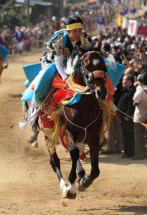 """""""菊間祭り"""" お供馬の走り込み_a0140608_10482476.jpg"""